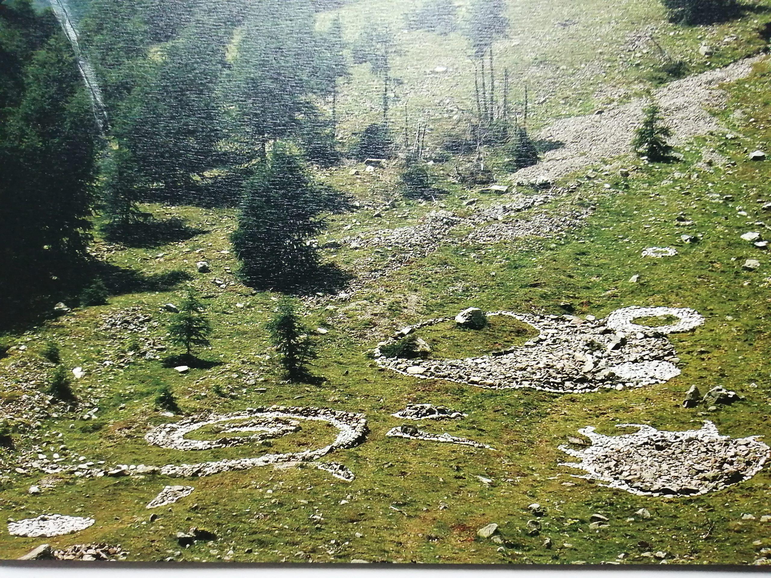 2004 Pietrarte Land Art Livigno imm scaled - Bibliography/ Catalogues