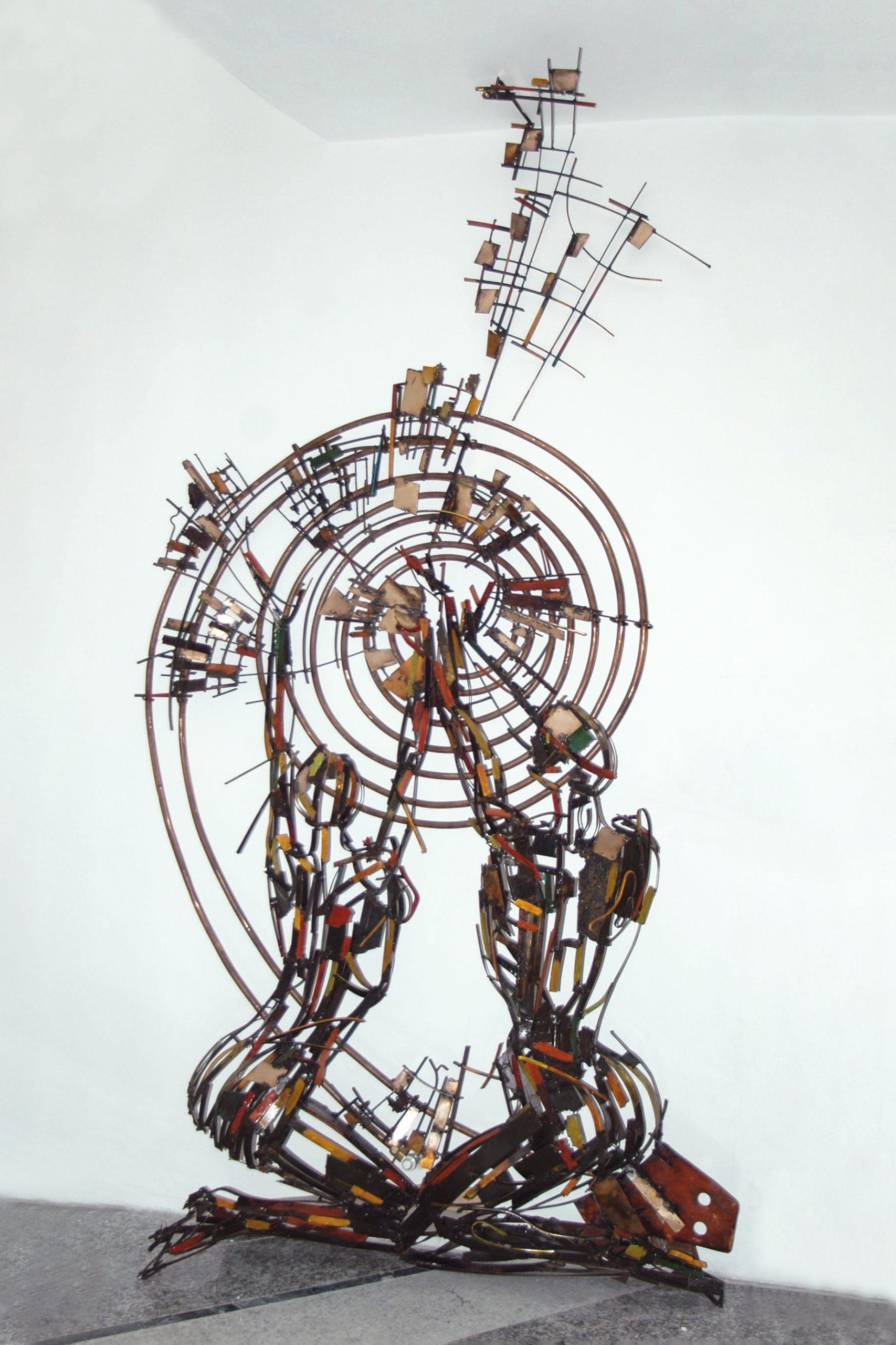 calorifero scultura scaled - Installations